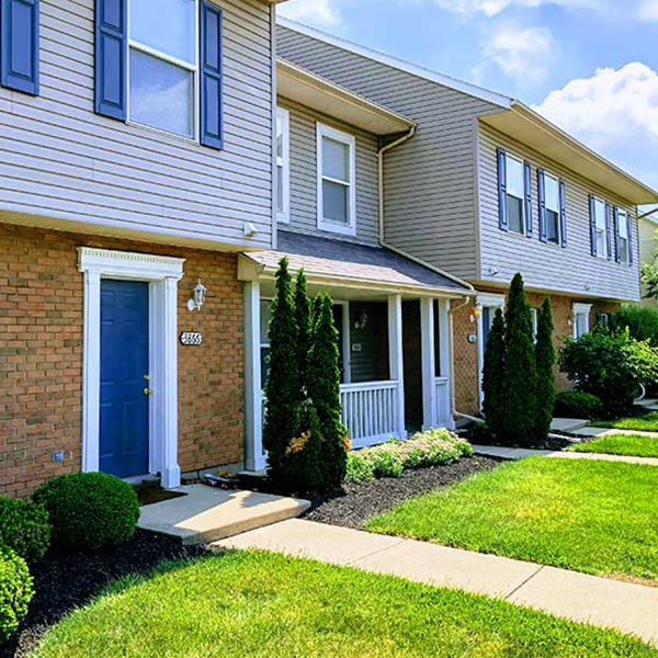 Whitinger Capital Fairfield Lakes Townhomes